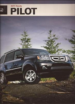 2011 11 Honda Pilot   Original Sales Brochure MINT