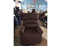 * Brand New ! Sale Item* Riser Recliner Rise / Recline Armchair Chair - Mobility / Disability Aid