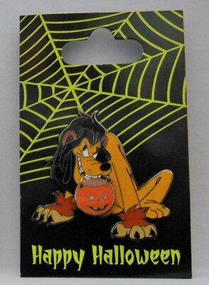 Disney Pluto's Trick-or-Treating as Scar from Lion King Halloween 2006 Pin - Scar Lion King Halloween