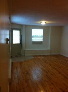 Prime location uptown!!! Huge 1 bedroom with parking and laundry