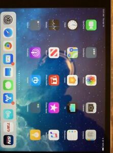 iPad mini 4, 64gb, WiFi, Pristine, Orignal Box 10/10.....