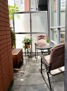 $2600- Downtown Toronto - CONDO/Townhouse 2br-2bath