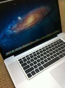Apple-MacBook-Pro-17-3-06GHz-8GB-Memory-1TB-HD-APPLECARE-WARRANTY-PRISTINE