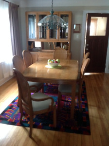 Dining Room Set And Matching Hutch