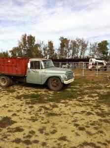 1971 International Dump Truck