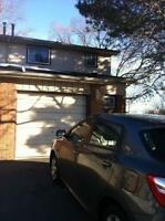 3 Bedrooms,1,5 BathroomTownh.East Hamilton for rent immediately