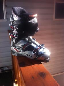 Technica Phoenix 80 Air Ski Boot Mens size 10