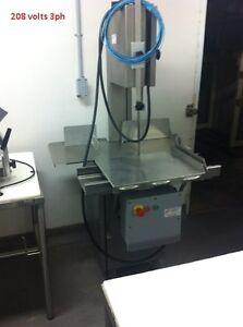 Butcher shop machinery//Machinerie de Boucherie Gatineau Ottawa / Gatineau Area image 6
