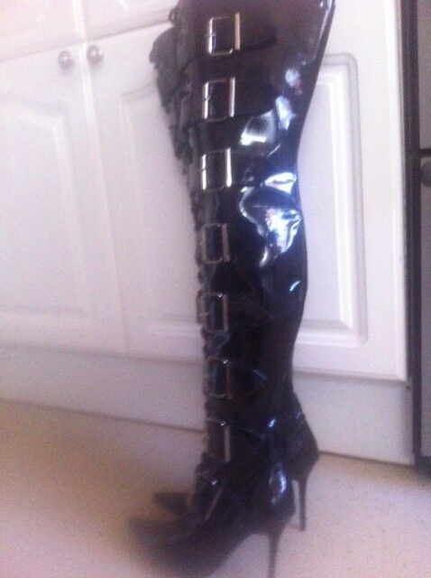 Womens New Black Thigh Length Buckle & side Zip up Boots Size 4 (37) or a small 5