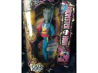 Monster High Doll- Neighthan Rot - Freaky Fusions - BNIB - £10