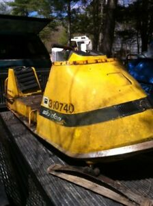 Old ski-doo for parts