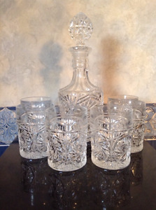 Crystal decanter set with six glasses