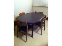 Dining table - Expandable and solid wood