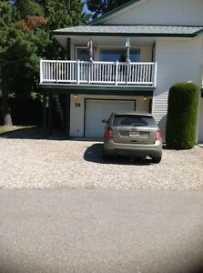 Mara Lake Duplex/Condo - Sicamous B.C. - White Pines Resort