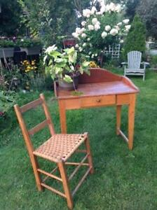 Antique Canadiana Washstand
