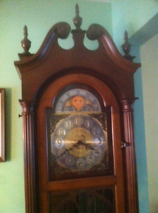 Grandfather Clock, Triple Chime, Moon face model
