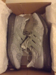 DS deadstock Adidas Ultra Boost 3.0 Triple Grey sz9.5