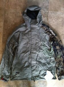 M6 Mission BTX Men's Camo Crankcase Jacket BNWT Size Large