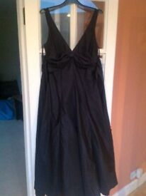 BRAND NEW WITH TAGS - BETSY & ADAM BY LINDA BERNELL DRESS - BLACK - SIZE 10 - Collect from Guildford