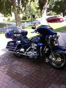 Harley-Davidson Ultra Classic 2006 with Aluminum Trailer
