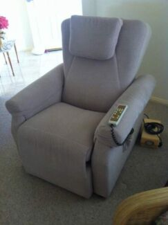 Massage chair/bed Forster Great Lakes Area Preview