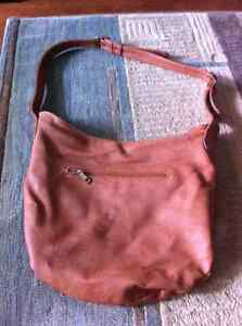 Collection of Women's purses/bags Kingston Kingston Area image 7