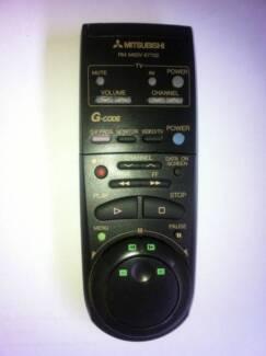 MITSUBISHI RM M60V-57702 VCR VIDEO VHS TV REMOTE CONTROL