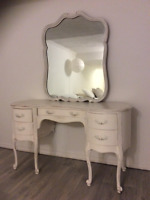 FRENCH PROVINCIAL SHABBY CHIC SET