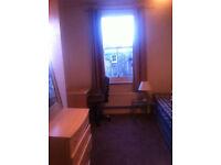 Double room for rent in West London, Hammersmith, Shepherdsbush