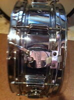 WANTED  STEEL OR WOODEN SNARE DRUM
