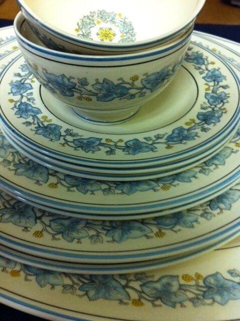 IVY LEAF 12 pc SET Myott Staffordshire BLUE with PLATTER
