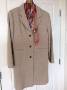** NEW PRICE - WOMAN'S WOOL COAT SIZE MEDIUM AND SILK SCARF