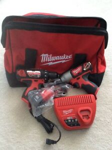 Milwaukee M12 Cordless Two-Piece Combo Kit