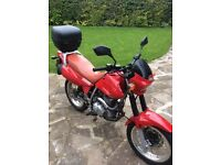 MOTORCYCLE 200cc Enduro Style , hadly used and as new.