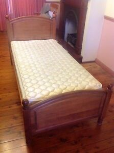 Single bed and matress Richmond Hawkesbury Area Preview