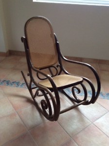 CHAISE BERCANTE VINTAGE