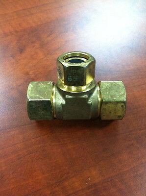 Tracpipe Fgp-tf750-t500 Tee- 34tracpipe X 12 Tracpipe