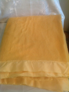 """1950's Yellow Kenwood All Wool Blanket 74"""" by 86"""""""