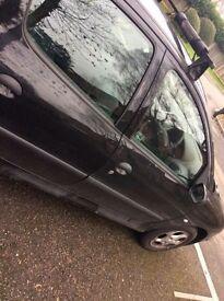 *** Peugeot 206 £120