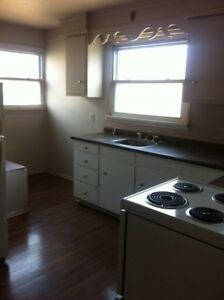Large 3 Bedroom Apartment Chatham