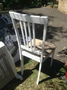 2 FREE white chairs Lane Cove Lane Cove Area Preview
