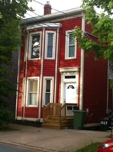 Large 5 Bedroom House - Bland St - Walk to SMU, Dal, Downtown