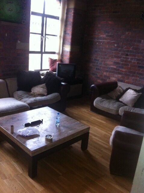 ** 2 BED APARTMENT LISTER MILL BD9 ** 428 LISTER MILL