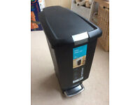 SmipleHuman 25ltr Slim pedal bin (Black)
