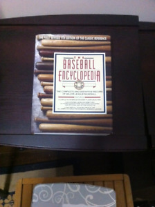 """The book """"Baseball Encylopedia """" 1876-1992, over 2800 pages"""