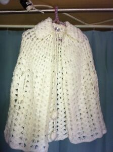 CAPE or SHAWL LADIES-APPROX-35 YEARS OLD-ACRYLIC