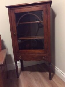 solid wood bookcase/china cabinet