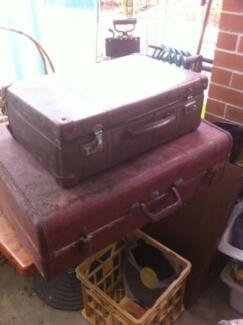 Antique luggage- 2 Carry bags - $60 ono for both
