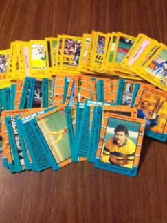 CRICKET CARDS MID TO LATE 1980s VERY GOOD CONDITION Holt Belconnen Area Preview