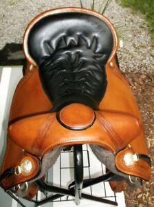 Apache Tucker Western Trail Saddle in New Condition !